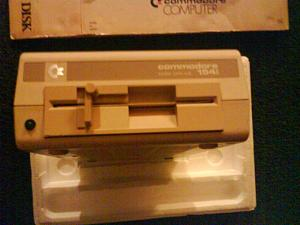 Click image for larger version.  Name:C64 DISK DRIVE 1541.JPG Views:199 Size:112.7 KB ID:10050